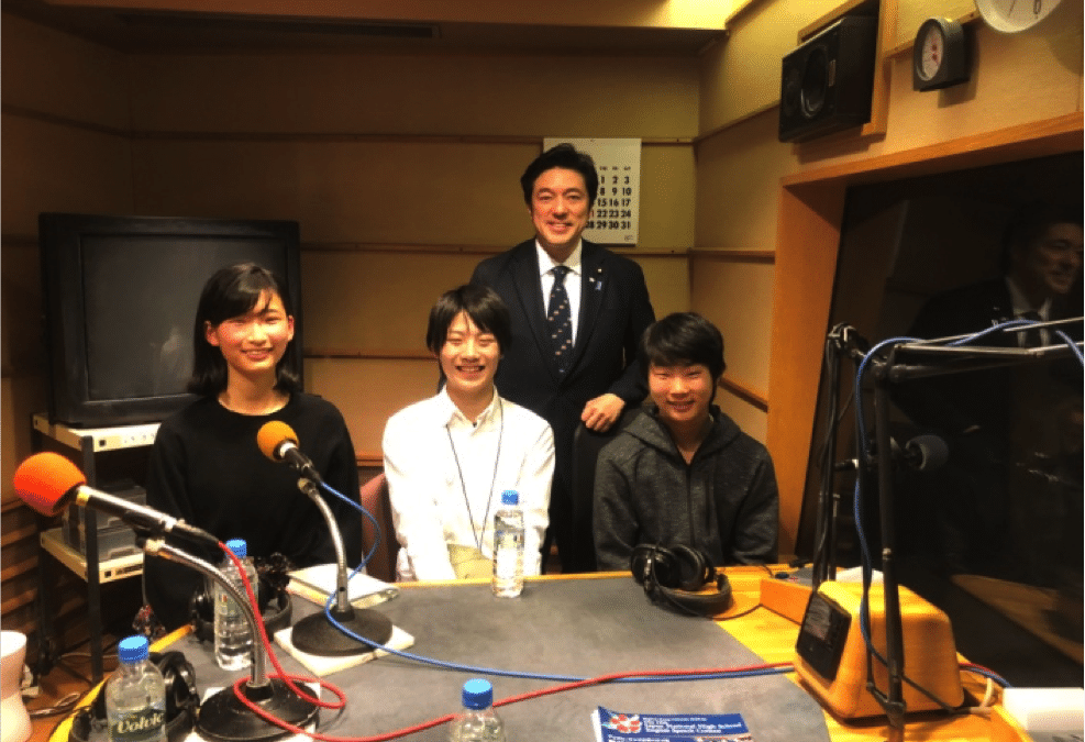 大会入賞者がFMラジオ番組へ出演されました